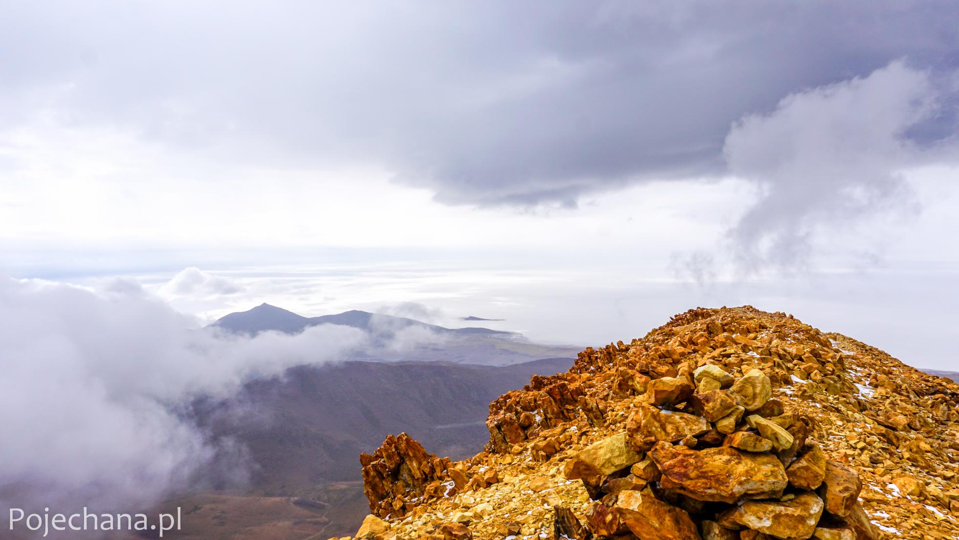 wulkan na Salar de Uyuni