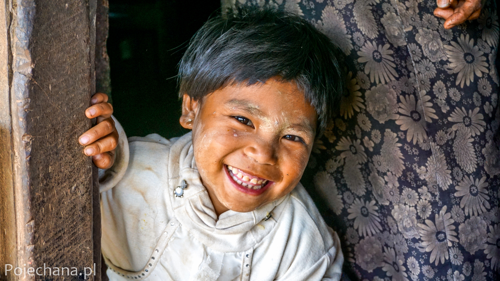 Mjanma - listopad